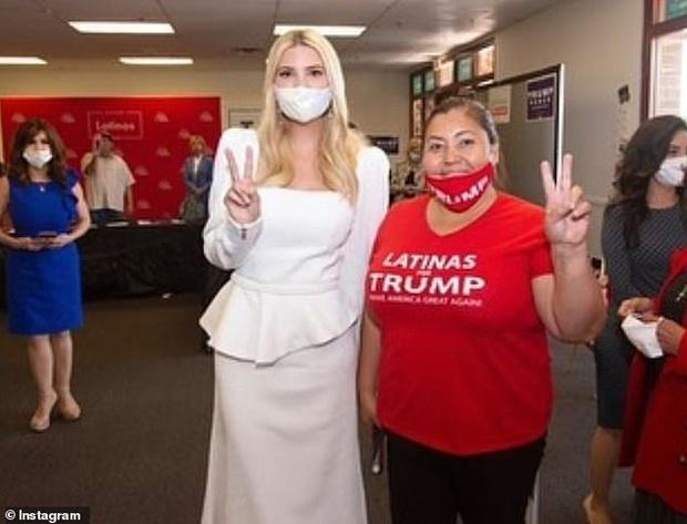 Nữ thần Ivanka Trump bất ngờ bị tố kiêu căng và bị chê lộ nhiều nhược điểm khi chọn trang phục gần 30 triệu đồng - Ảnh 3.