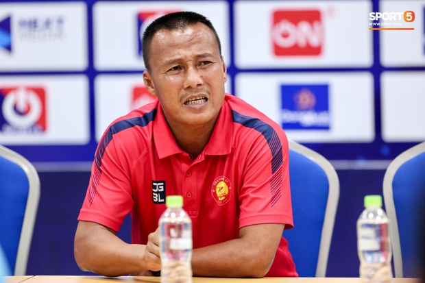 HLV Thanh Hoá: Trọng tài bắt như thế, đội có Quang Hải cũng không thắng được - Ảnh 1.