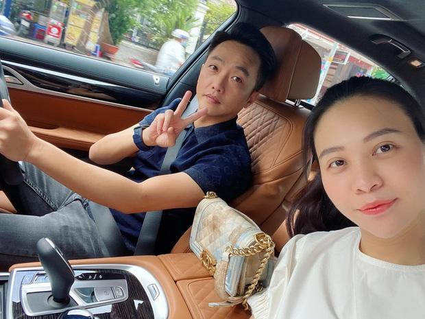 Vợ chồng Cường Đô La trốn con hẹn hò cuối tuần, nhan sắc của mẹ bỉm Đàm Thu Trang gây chú ý - Ảnh 2.