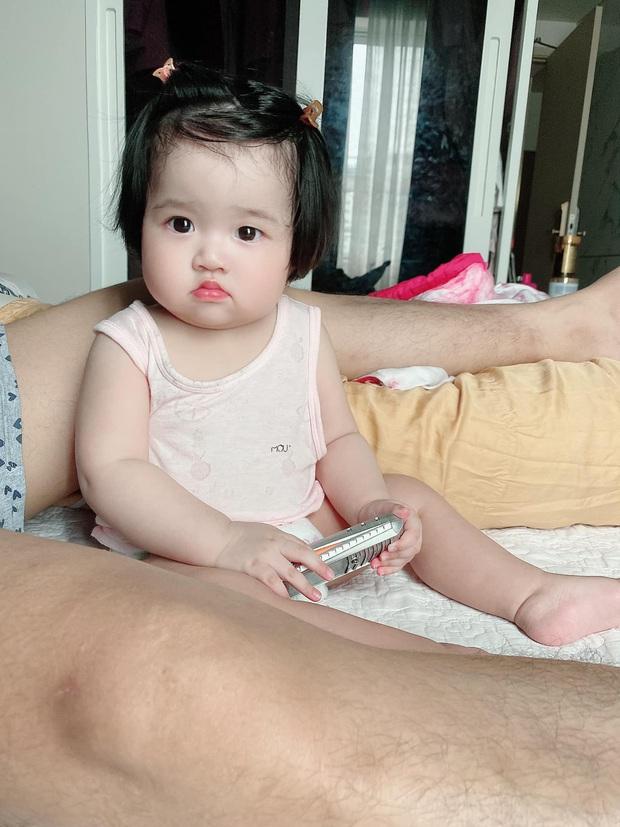 Ngọc Trinh khoe cháu gái ruột mà ai cũng xuýt xoa: Mắt to tròn hưởng gen của dì ruột, mỹ nhân tương lai đây rồi! - Ảnh 4.