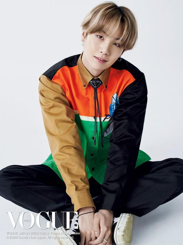 30 nam idol hot nhất hiện nay: BTS chơi một mình, bất ngờ với nam thần chen chân giữa cuộc chiến BTS - EXO - Ảnh 5.