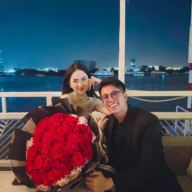 Phillip Nguyễn và Linh Rin lên đồ đi hẹn hò, view lãng mạn thế này cứ khiến dân tình nghĩ đến chuyện cầu hôn - Ảnh 4.