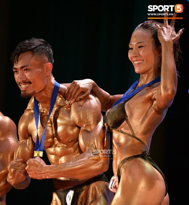 Hot TikToker Phan Bảo Long giành HCV thể hình đôi nam nữ quốc gia - Ảnh 1.