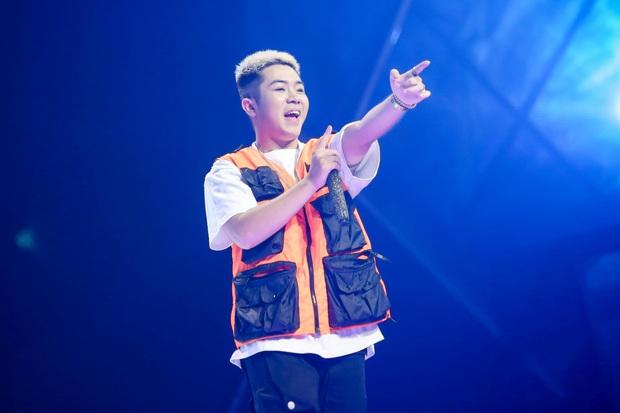King Of Rap: Pháo mặc áo dài bắn Rap liên thanh trên nền hit quốc dân Việt Nam Ơi - Ảnh 5.