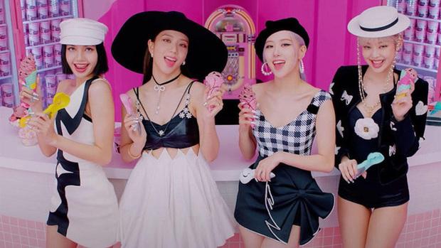 Muốn xỉu visual các nữ idol khi chuyển giới: BLACKPINK -  Red Velvet cực phẩm, em thất lạc của Sơn Tùng chưa sốc bằng TWICE - Ảnh 2.