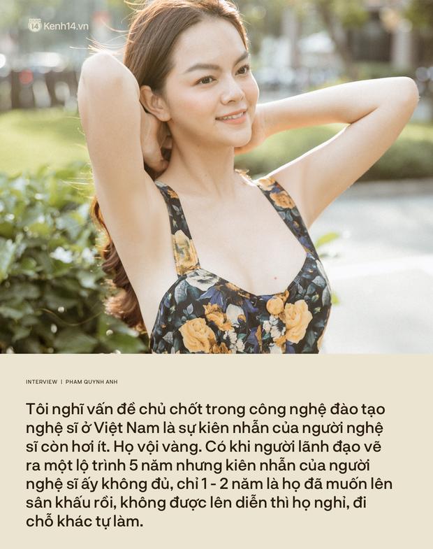 Phạm Quỳnh Anh: Đừng nhầm lẫn cống hiến bằng tiền thì mới là tận tâm với nghề, còn ít tiền là lỗi thời - Ảnh 15.