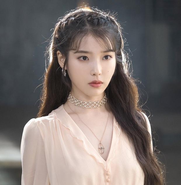 Muốn xỉu visual các nữ idol khi chuyển giới: BLACKPINK -  Red Velvet cực phẩm, em thất lạc của Sơn Tùng chưa sốc bằng TWICE - Ảnh 11.