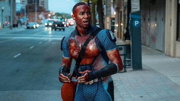 Phim siêu anh hùng The Boys: Đạo nhái trắng trợn DC - Marvel vẫn bánh cuốn bởi độ đen tối rợn người! - Ảnh 9.