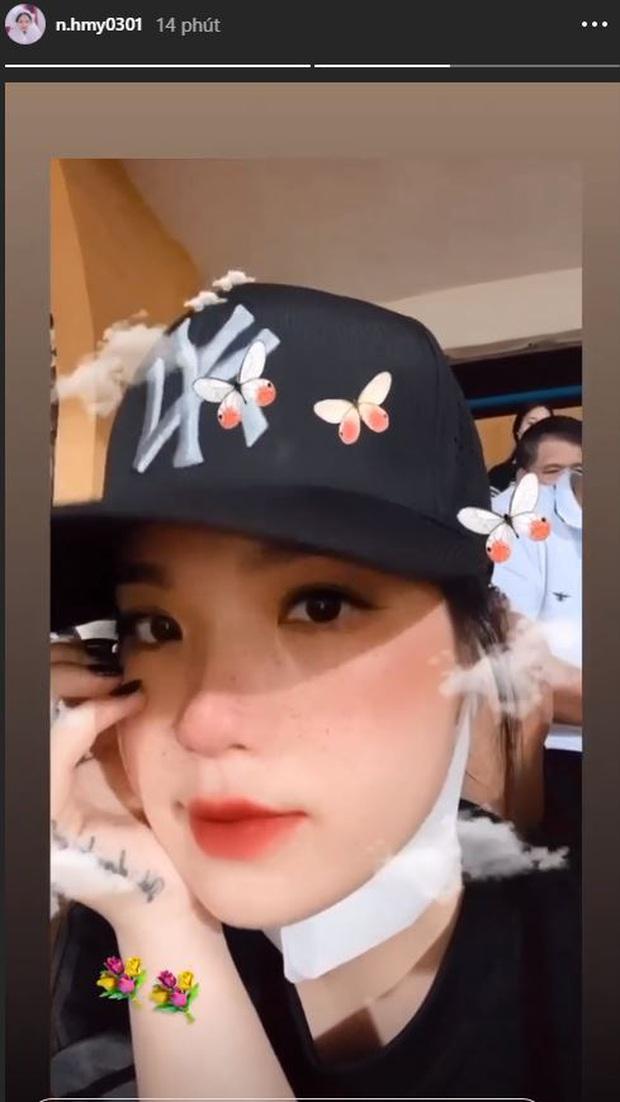 Á hậu Huyền My nổi bật, Khánh Linh tiếp lửa Tiến Dũng trên khán đài trận chung kết Cúp Quốc gia - Ảnh 5.