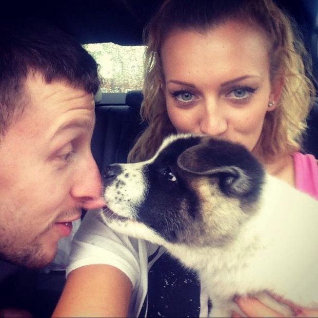 Vừa mang thai, cô gái liền nhận thấy chó cưng hành xử kỳ lạ, đến bệnh viện kiểm tra mới cảm tạ con vật đã cứu mạng 2 mẹ con mình - Ảnh 1.