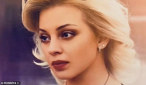 Nữ vũ công xinh đẹp mất tích bí ẩn không dấu vết, cảnh sát bất ngờ tìm được manh mối rùng rợn nhờ câu nói vu vơ của tên tù nhân - Ảnh 1.