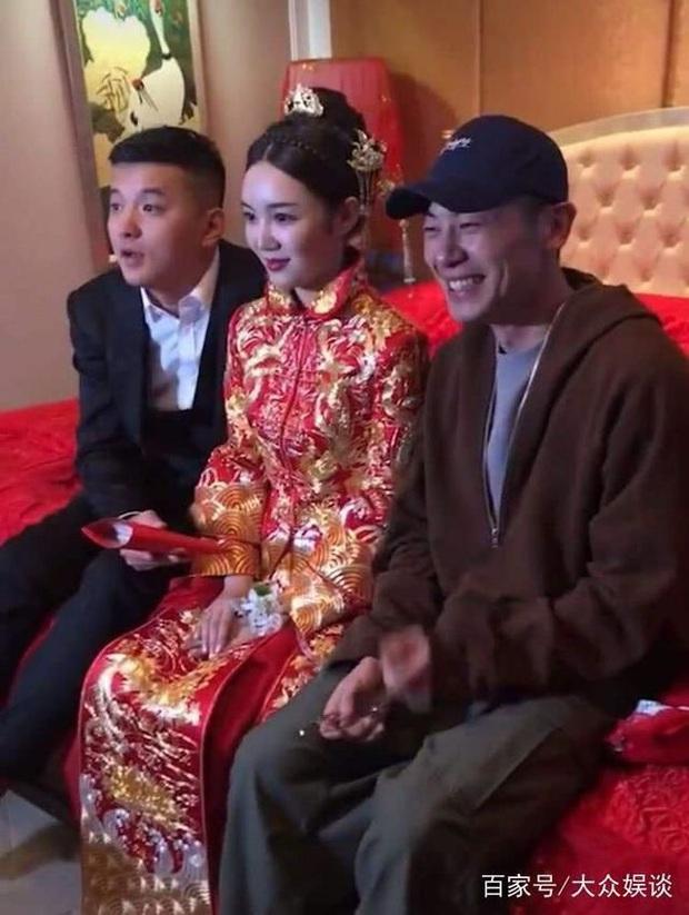 Dàn sao Hoa ngữ khi được mời tới dự tiệc cưới: Người để mặt mộc mặc đồ siêu giản dị, kẻ bị chỉ trích vì chiếm sóng của nhân vật chính - Ảnh 14.