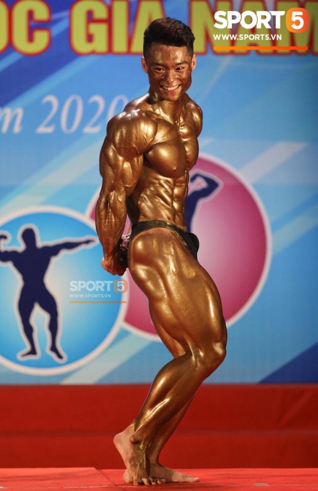 Mặt học sinh, thân hình chiến binh, hot boy sinh năm 2000 Nguyễn Văn Quốc giành cả 2 HCV hạng 80 cân tại giải Cúp CLB thể hình toàn quốc - Ảnh 6.
