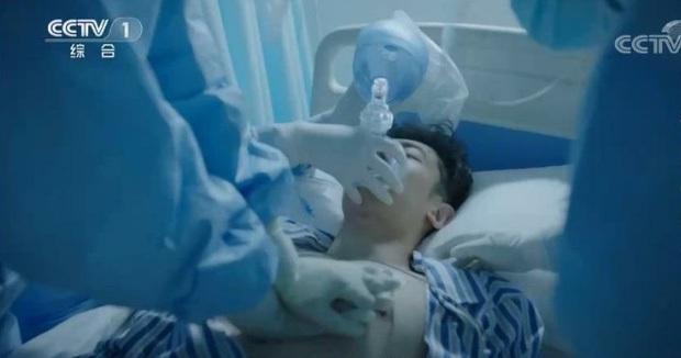 Phim chống dịch toang nặng vì trọng nam khinh nữ, Tiêu Chiến chưa xuất hiện cũng bị mắng lây - Ảnh 5.