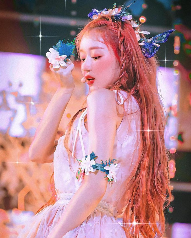 Nhan sắc mỹ nhân vừa vượt mặt BLACKPINK và nữ thần Red Velvet: Trên sân khấu gây sốt vì đẹp đến mức tưởng tiên tử đời thực - Ảnh 8.