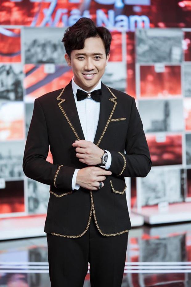 Netizen tranh cãi clip Trấn Thành thong dong bước sang đường, nghi vấn phớt lờ đề nghị chụp ảnh cùng fan - Ảnh 5.
