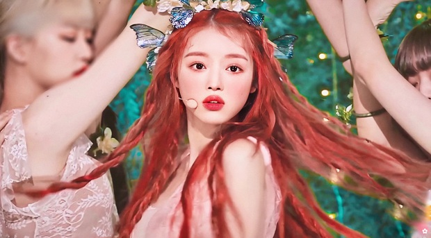 Nhan sắc mỹ nhân vừa vượt mặt BLACKPINK và nữ thần Red Velvet: Trên sân khấu gây sốt vì đẹp đến mức tưởng tiên tử đời thực - Ảnh 4.