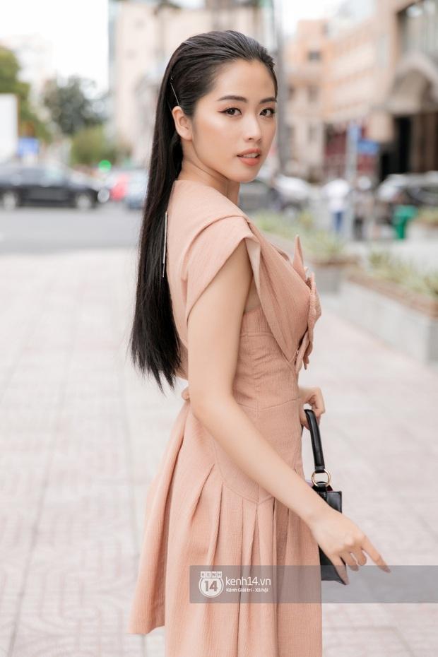 """Lan Nhi - BTV từng mang phim Việt đến Cannes dự thi Hoa Hậu Việt Nam 2020: """"Tôi không đi thi để đổi đời! - Ảnh 8."""
