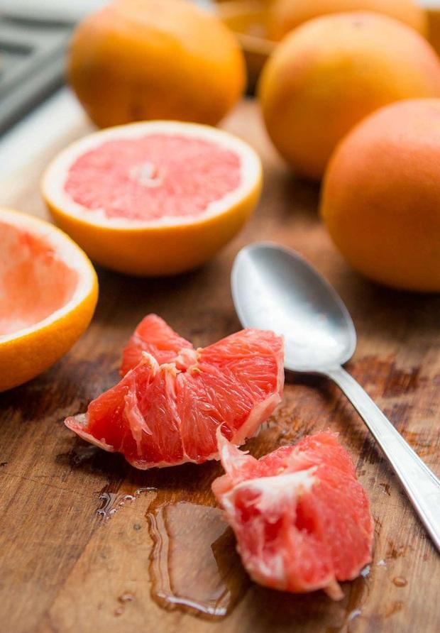 """3 loại trái cây là cứu tinh cho """"hội cú đêm"""", ăn vào không chỉ giúp bổ mắt mà còn làm đẹp da - Ảnh 4."""