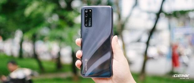 Trên tay smartphone có camera ẩn dưới màn hình đầu tiên trên thế giới: Chất lượng không như kỳ vọng - Ảnh 4.