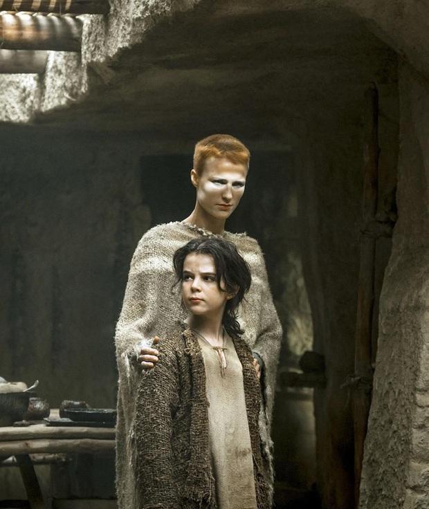 Có 3 lý do thánh mẫu Raised By Wolves thổi bay Mẹ Rồng Game of Thrones trong tích tắc! - Ảnh 9.
