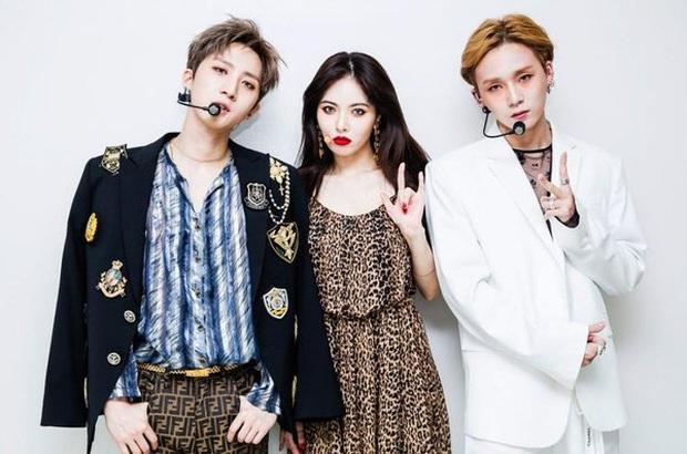 5 nhóm nhạc toang vì lý do lạ đời: Chị gái BTS đi tù vì tống tiền tài tử hạng A, chủ tịch YG dìm không cho vợ nổi tiếng - Ảnh 2.