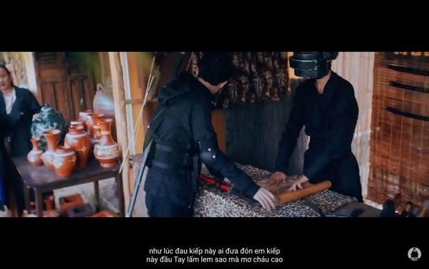 Chuyện gì xảy ra khi công chiếu MV của Jack: Hát tiếng Việt nghe rõ mồn một nhưng phụ đề thì... không ai hiểu? - Ảnh 6.