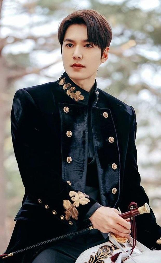 Thanh Hằng chia sẻ lại khoảnh khắc cùng Hà Hồ hội ngộ tài tử Lee Min Ho, nhan sắc bộ 3 thăng hạng rõ sau 11 năm! - Ảnh 6.