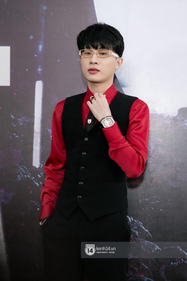 Jack cực bảnh trong buổi họp báo ra mắt MV mới, Thu Trang - Tiến Luật và ViruSs - MisThy cũng đến chung vui - Ảnh 1.