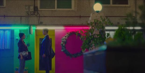 Record of Youth tập 6 vẫn nhạt thếch trừ màn chốt đơn lia lịa bằng môi của Park Bo Gum - Ảnh 2.