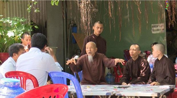 Lộ thêm sự thật về Tịnh thất bồng lai, Thiền am bên bờ vũ trụ - Ảnh 2.