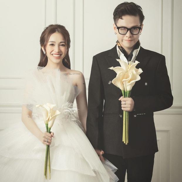 Con gái Minh Nhựa hé lộ ảnh cưới nhân kỷ niệm 1 năm lên xe hoa, ngắm 3 bộ váy mà trầm trồ - Ảnh 1.