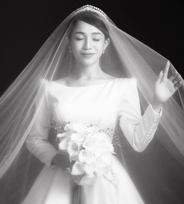 Con gái Minh Nhựa hé lộ ảnh cưới nhân kỷ niệm 1 năm lên xe hoa, ngắm 3 bộ váy mà trầm trồ - Ảnh 7.