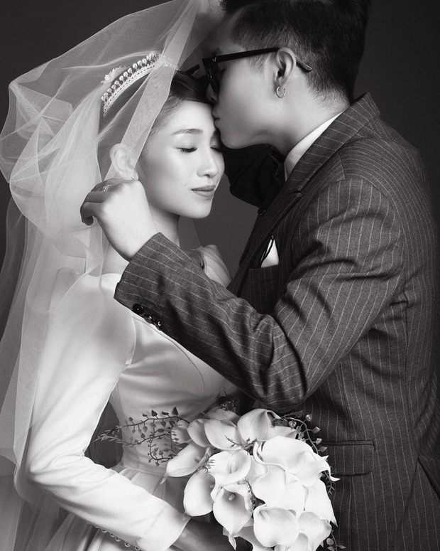 Con gái Minh Nhựa hé lộ ảnh cưới nhân kỷ niệm 1 năm lên xe hoa, ngắm 3 bộ váy mà trầm trồ - Ảnh 9.
