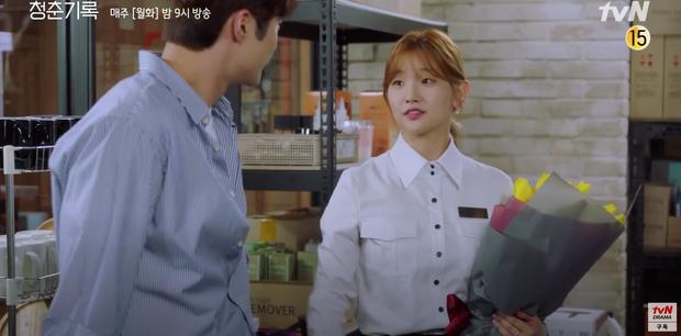Record of Youth tập 6 vẫn nhạt thếch trừ màn chốt đơn lia lịa bằng môi của Park Bo Gum - Ảnh 8.