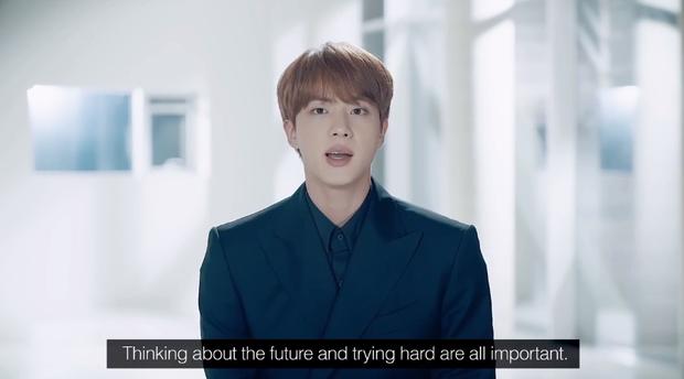 """BTS phát biểu ở LHQ trước 40 quốc gia, chạm đến triệu trái tim với thông điệp: """"Nếu tôi bỏ cuộc lúc này, tôi sẽ không thể trở thành ngôi sao của đời mình"""" - Ảnh 8."""