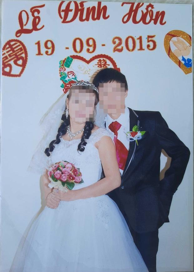 Cha mẹ khóc cạn nước mắt cầu cứu tìm con gái mất liên lạc sau khi lấy chồng Trung Quốc - Ảnh 1.