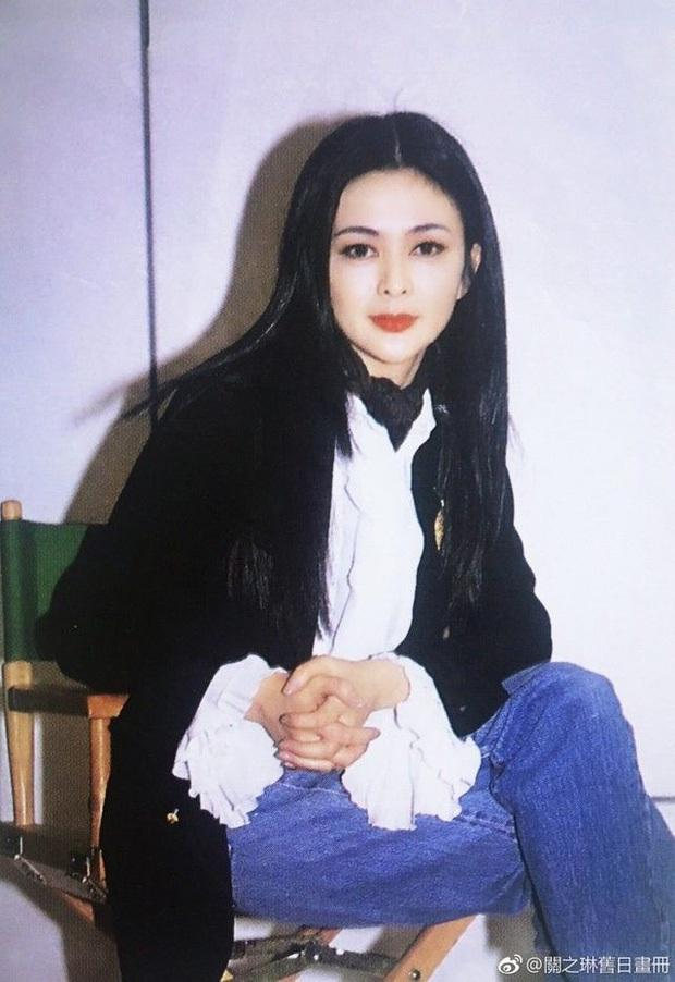 Làn da gây sốt của Đệ nhất mỹ nhân Hong Kong Quan Chi Lâm: Căng mịn dù ở tuổi U60, nét đẹp bất chấp thời gian - Ảnh 8.