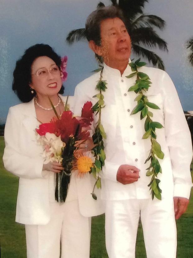 83 tuổi lên xe hoa lần nữa, nam diễn viên qua đời ngay sau khi biết mối tình đầu đã trở thành vợ mình, câu nói trước lúc mất mới đau xót làm sao - Ảnh 3.