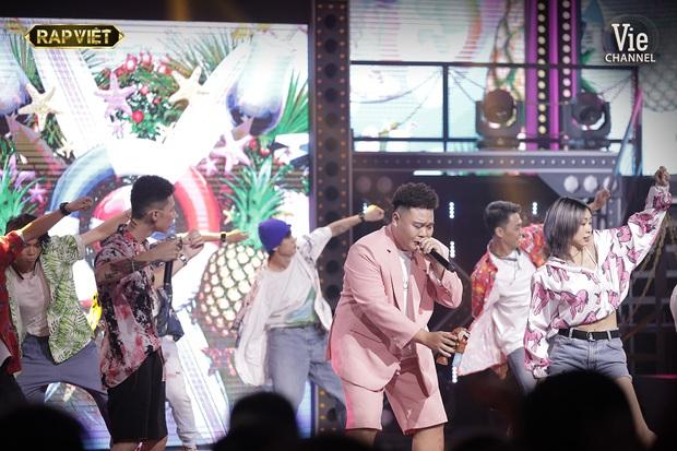 Thi đấu vòng đối đầu đầy ấn tượng tại Rap Việt, điều gì giúp team Karik làm nên chiến thắng tạm thời này? - Ảnh 9.