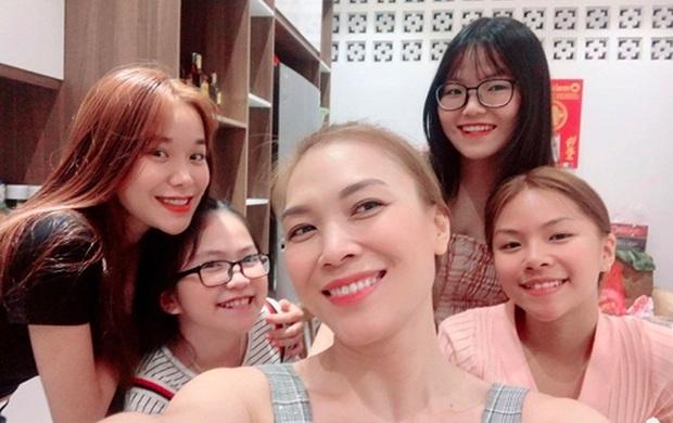 Dàn cháu gái cực phẩm của sao Việt: Lan Ngọc - Ngọc Trinh khoe toàn tiểu mỹ nhân, nhà Trang Nhung có tới 2 thí sinh Hoa hậu - Ảnh 18.