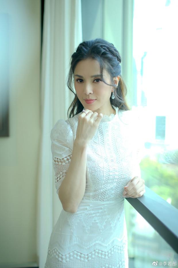 Dàn mỹ nhân hack tuổi đỉnh nhất châu Á: Tiểu Long Nữ và cô dâu đế chế Samsumg khốn khổ, Hoa hậu bị lừa cả tình lẫn tiền - Ảnh 22.