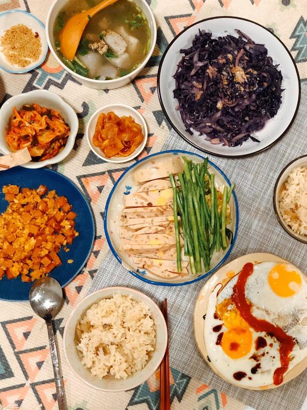 Chàng trai khoe mâm cơm nhà đầy ụ, xinh xẻo như trong manga, mỗi lần mở tiệc lẩu hay thịt nướng là bạn bè xếp hàng xin ăn ké - Ảnh 8.