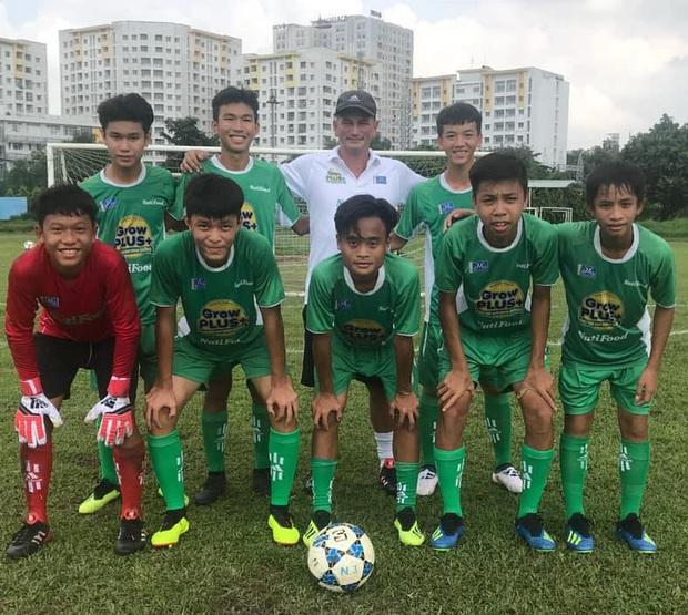Dương Quang Trung Hiếu: Sát thủ triển vọng của bóng đá Việt với số áo kỳ lạ và ước mơ cao lớn như Ronaldo - Ảnh 3.