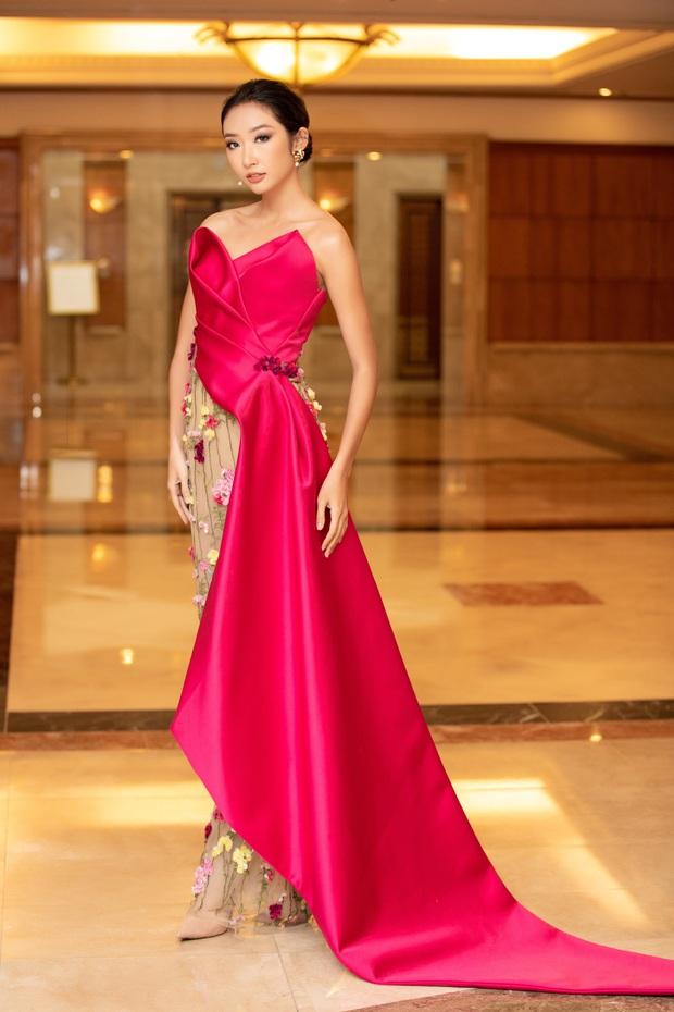 """""""Quân đoàn"""" Hoa hậu Á hậu lộng lẫy đổ bộ thảm đỏ họp báo HHVN 2020, Tiểu Vy đội vương miện 3 tỉ chiếm trọn spotlight - Ảnh 18."""