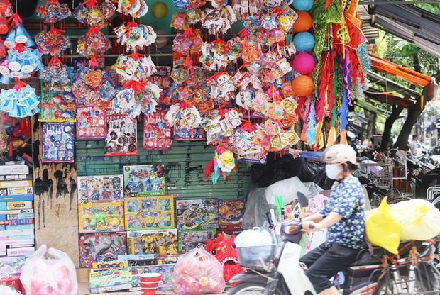 Hà Nội cấm hàng loạt tuyến phố phục vụ Trung thu 2020 - Ảnh 1.