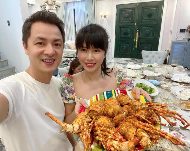 Dương Khắc Linh - Sara Lưu tụ họp tại biệt thự triệu đô của vợ chồng Đăng Khôi, sáng nhất nhan sắc gái 2 con Thuỷ Anh - Ảnh 4.