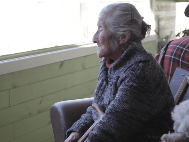 Hơn 60 năm mang nỗi đau không biết đẻ con, sau một cú vấp ngã, cụ bà đi khám mới ngỡ ngàng với kết quả siêu âm hóa giải mọi thắc mắc - Ảnh 6.