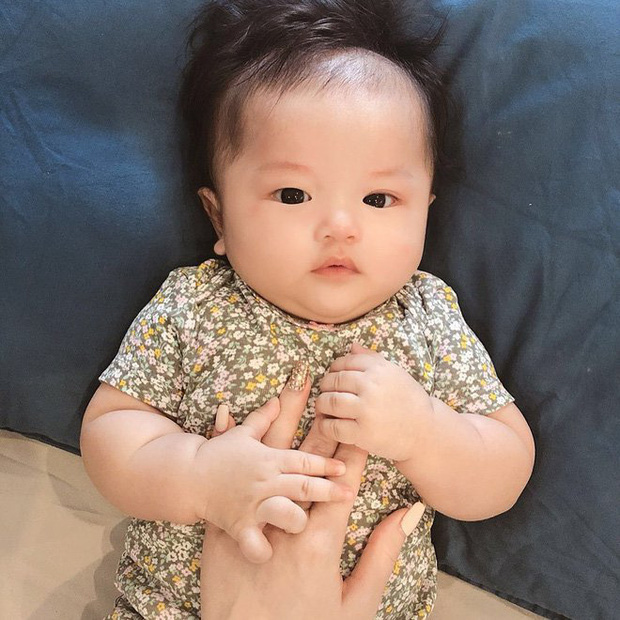 Dàn cháu gái cực phẩm của sao Việt: Lan Ngọc - Ngọc Trinh khoe toàn tiểu mỹ nhân, nhà Trang Nhung có tới 2 thí sinh Hoa hậu - Ảnh 28.