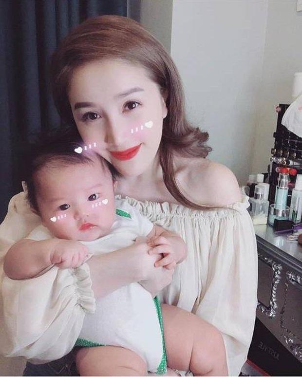 Dàn cháu gái cực phẩm của sao Việt: Lan Ngọc - Ngọc Trinh khoe toàn tiểu mỹ nhân, nhà Trang Nhung có tới 2 thí sinh Hoa hậu - Ảnh 26.